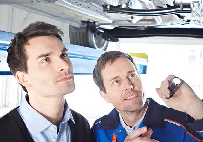 Ford Service im Autohaus Fiegl | Wartung Reparaturen Unfallinstandsetzung